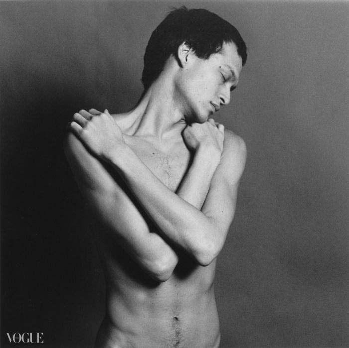 줄리안 앤슨(Julian Anson), 1979. 로버트 메이플소프. 은 젤라틴 사진. 40.6 x 50.8 cm (16 x 20 in) RMP 1275© 로버트 메이플소프 재단. 코더시 갤러리 타데우스로팍 파리/잘츠부르크