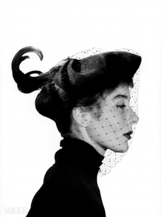 베티나, 거만해 보이는 파리 모델, 1947-48 ⓒD.R.Una