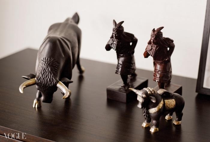 페루의 잉카 마켓에서 구입한나무 조각품들.