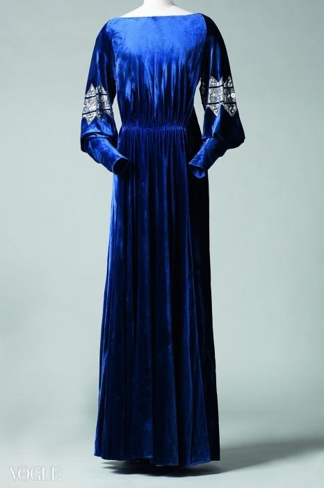 '라 디바(La Diva)', 이브닝 가운, 미드나잇 블루 벨벳에 은색 시퀸으로 장식, 1935-36년 겨울
