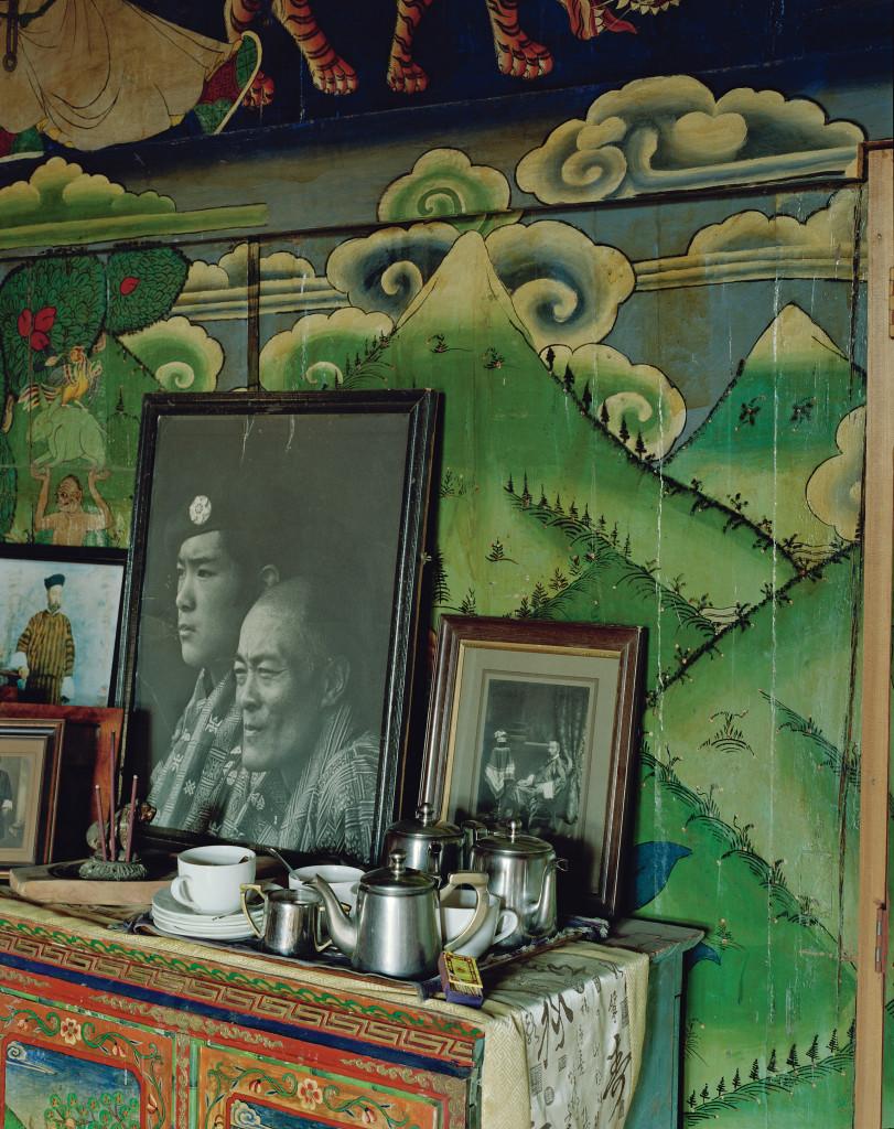 부탄 사람들에게 정신, 왕족, 차는 중요한 의미를 지닌다. 파로에 위치한 강테 팰리스 호텔 안의 기도실은 이들을 위한 평화로운 쉼터로 자리 잡았다.
