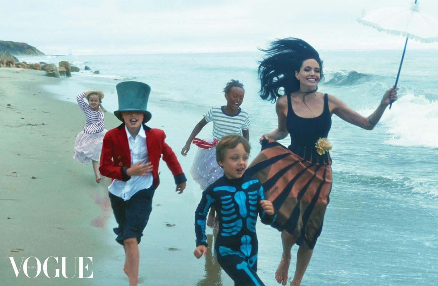 *** Local Caption *** Angelina Jolie;