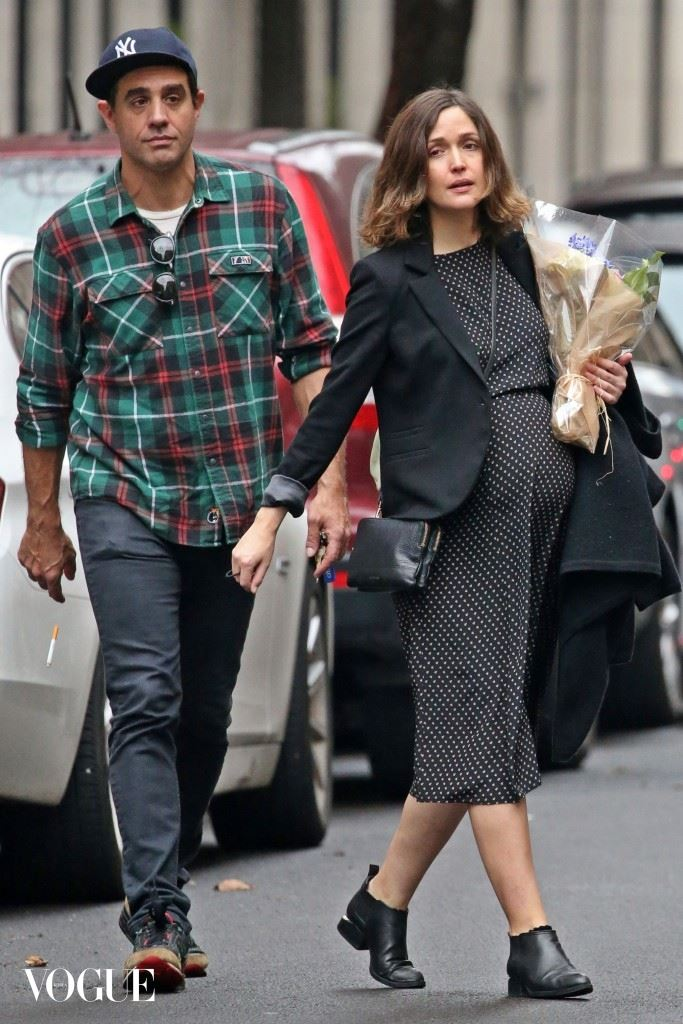 EXCLUSIVE: Rose Byrne shows off her Growing belly in a polka dot dress as she heads to a Christmas Eve Lunch with Boyfriend Bobby Cannavale