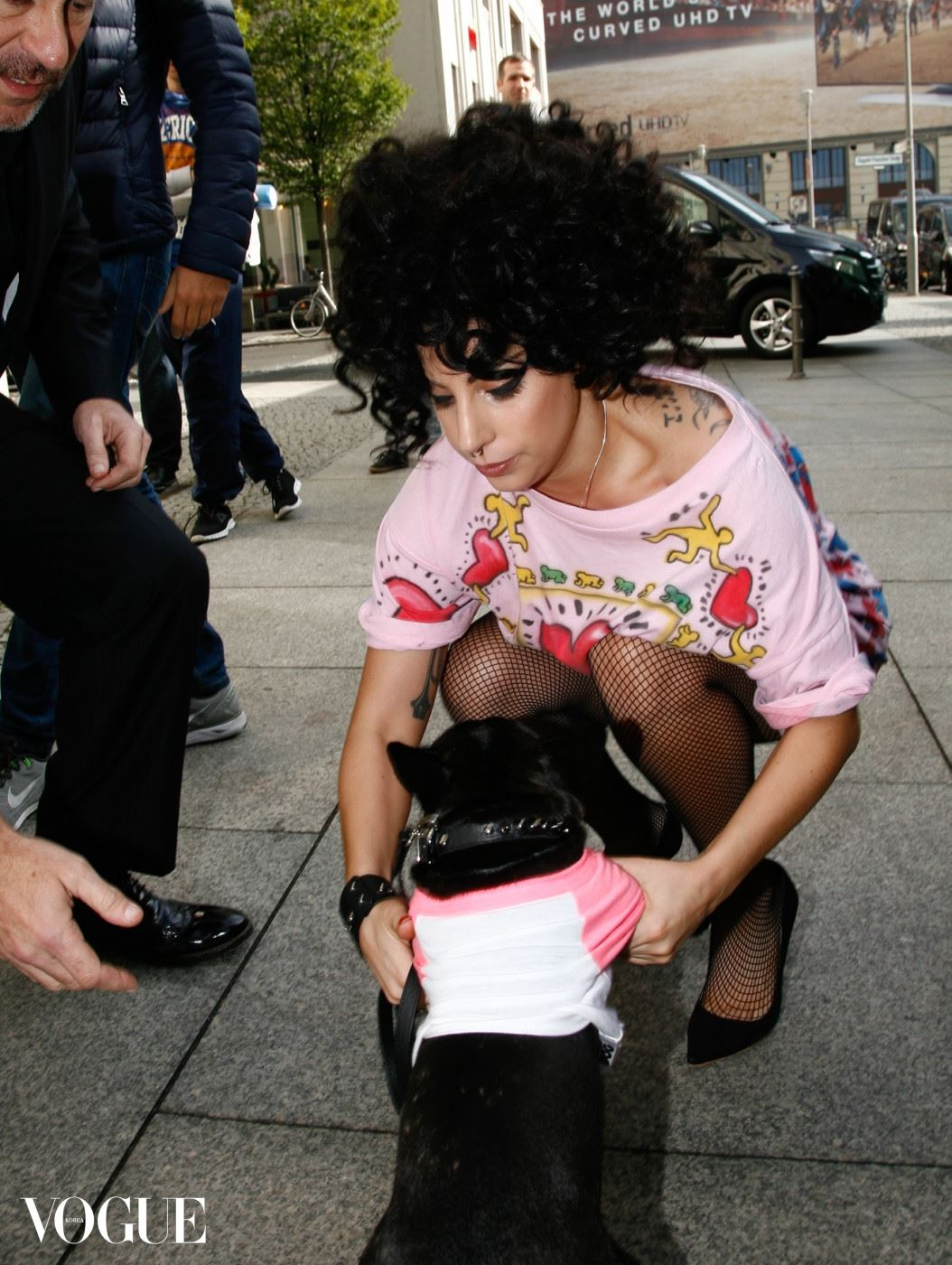 ***MANDATORY BYLINE TO READ INFphoto.com ONLY*** Lady Gaga and her dog arriving at the Ritz-Carlton Hotel in Berlin, Germany. Pictured: Lady Gaga Ref: SPL860562  081014   Picture by: INFphoto.com