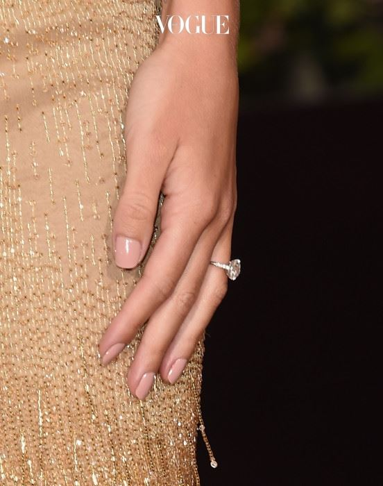 BEVERLY HILLS, CA - JANUARY 10:  Actress Rosie Huntington-Whiteley, ring detail, attends the 73rd Annual Golden Globe Awards held at the Beverly Hilton Hotel on January 10, 2016 in Beverly Hills, California.  (Photo by Jason Merritt/Getty Images)