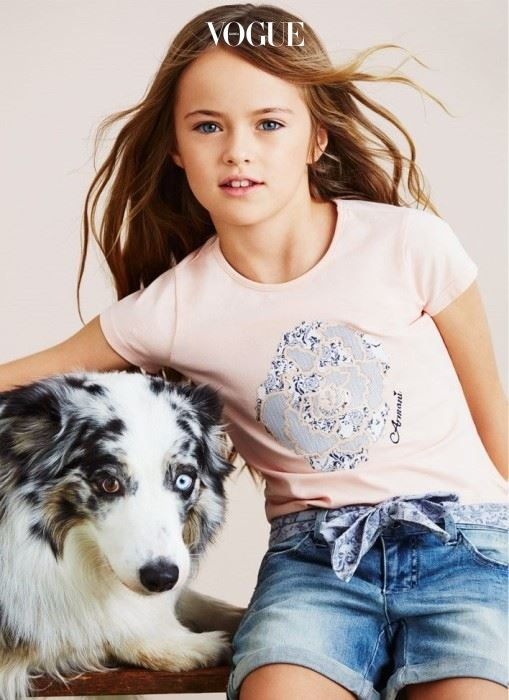 세상에서 가장 예쁜 소녀로 알려진 크리스티나 피메노바. 이래봬도 2009년에 데뷔한, 경력 7년차 베테랑 모델이랍니다.