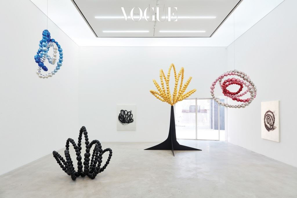 Jean-Michel Othoniel installation view K3_1