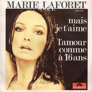 패션공작놀이 같았던 자크무스 쇼! 여러 음악이 끊기듯 재편집된 BGM을 압도한건, 역시 피날레 음악. l'amour comme à 16 ans을 꼭 한번 검색해서 들어보시죠. marie laforêt가 부릅니다.
