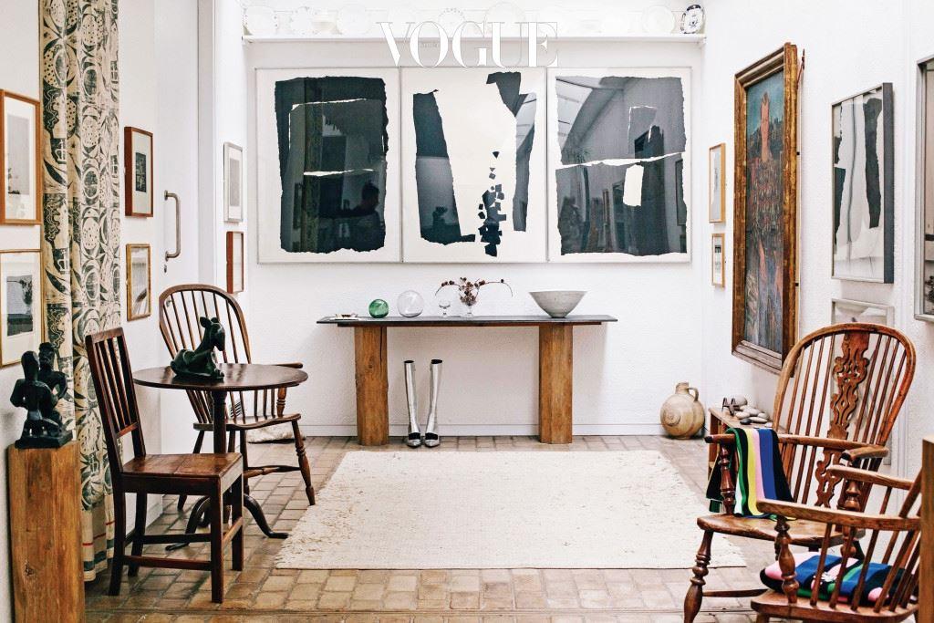 """""""내가 살고 싶은 집을 상상한다면 아마 케임브리지에 있는 케틀스 야드 같은 곳일지 모른다. J.W. 앤더슨 2016 리조트 컬렉션의 영감이 된 곳이다."""""""