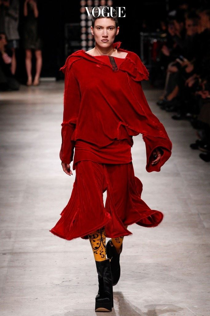 Westwood-AW-2016-Menkes-Vogue-3