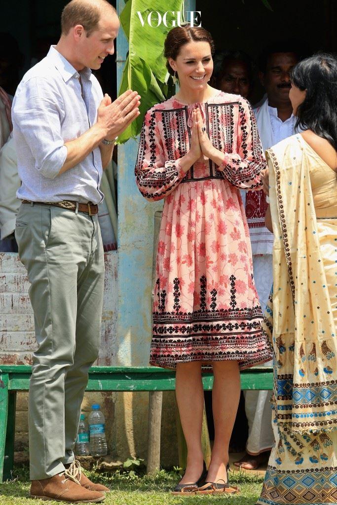 톱숍(Topshop)의 보헤미안 드레스, £75.