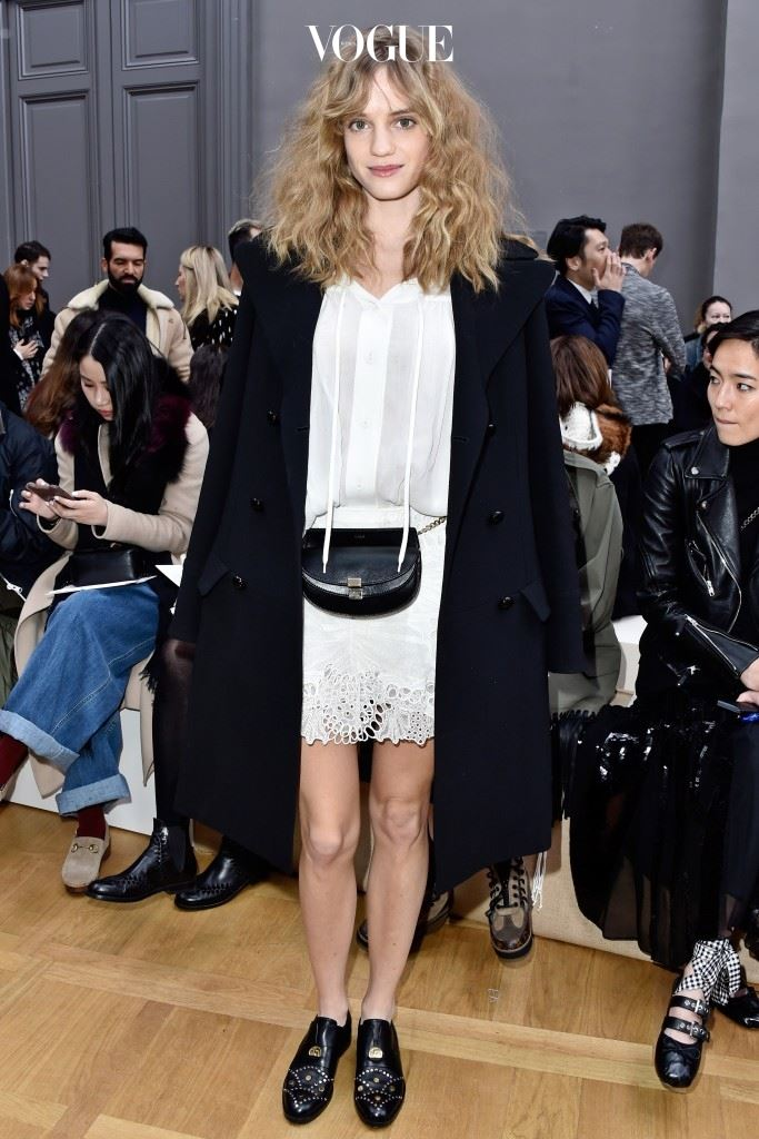 PARIS, FRANCE - MARCH 03: Noemie Schmidt attends the Chloe show as part of the Paris Fashion Week Womenswear Fall/Winter 2016/2017 on March 3, 2016 in Paris, France.  (Photo by Pascal Le Segretain/Getty Images)