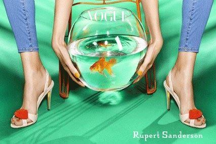 루퍼트 샌더슨의 전형적인 신선하고 시크한 광고 캠페인. 출처는 루퍼트샌더슨 아카이브.