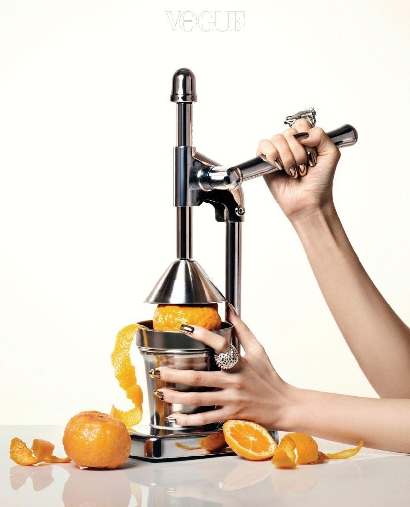 셀룰라이트는 오래전부터 아프고 병든 살이다. 울퉁불퉁 못생긴 오렌지 껍질을 벗겨낼 셀룰라이트 시술의 현주소.