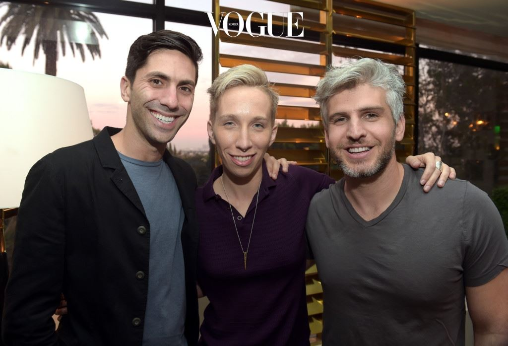 WEST HOLLYWOOD, CA - FEBRUARY 18:  (L-R) Executive producer/host Nev Schulman, Suspect host iO Tillett Wright, and Catfish host Max Joseph attend the MTV Press Junket & Cocktail Party at The London West Hollywood on February 18, 2016 in West Hollywood, California.  (Photo by Jason Kempin/Getty Images for MTV)