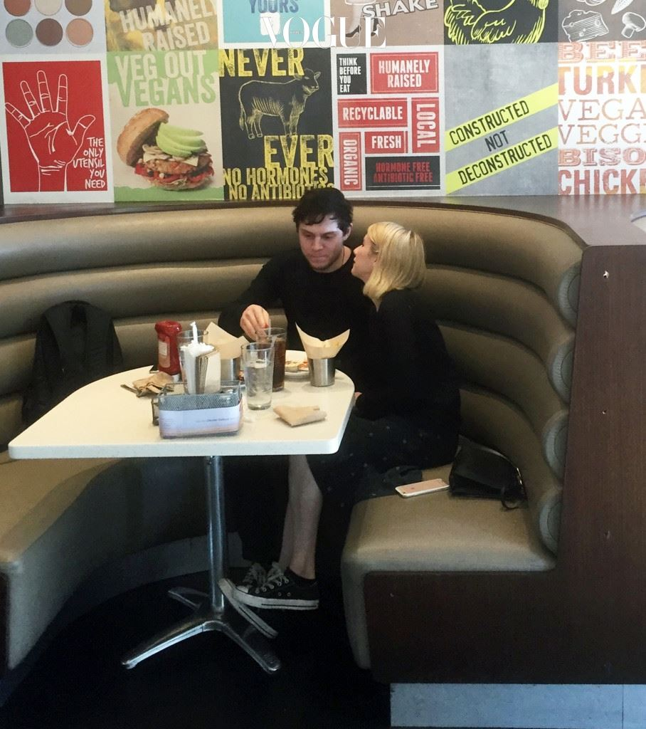 EXCLUSIVE: Emma Roberts and Evan Peters meet for lunch in West Hollywood. Pictured: Emma Roberts, Evan Peters Ref: SPL1212593  280116   EXCLUSIVE Picture by: JLM / Splash News Splash News and Pictures Los Angeles:310-821-2666 New York:212-619-2666 London:870-934-2666 photodesk@splashnews.com
