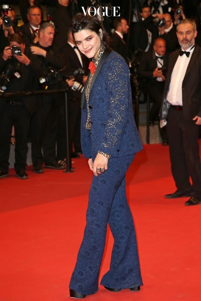 """""""It's Only The End Of The World (Juste La Fin Du Monde)"""" - Red Carpet Arrivals - The 69th Annual Cannes Film Festival"""