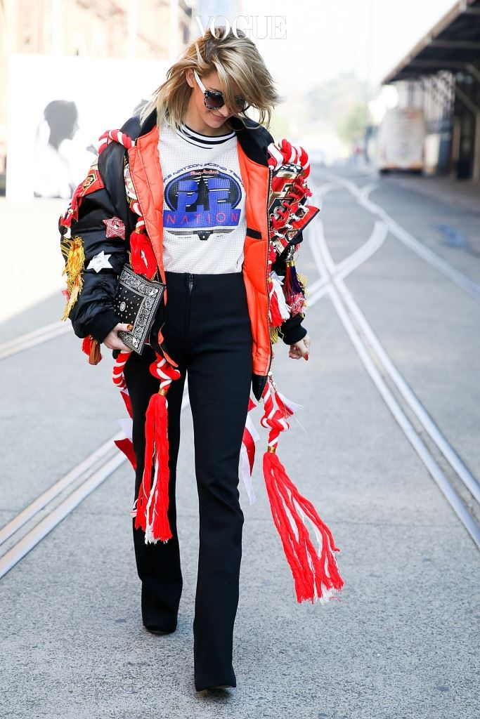 SYDNEY, AUSTRALIA - MAY 19:  Poppy Lissiman, wearing P.E. Nation, arrives ahead of the P.E Nation show at Mercedes-Benz Fashion Week Resort 17 Collections at Carriageworks on May 19, 2016 in Sydney, New South Wales.  (Photo by Caroline McCredie/Getty Images)