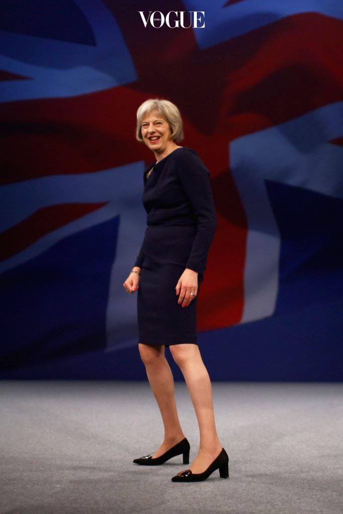 지적이면서도 화려한 패션 감각만큼 브렉시트로 얼어붙은 영국 정치에 혁신과 변화를 가져다 줄지 귀추가 주목됩니다.
