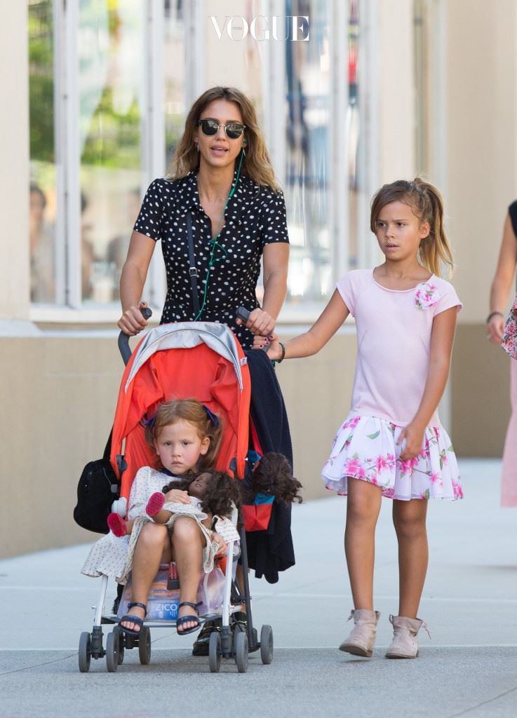 제시카 알바와 두 딸 헤이븐과 아너(Jessica Alba and daughters)