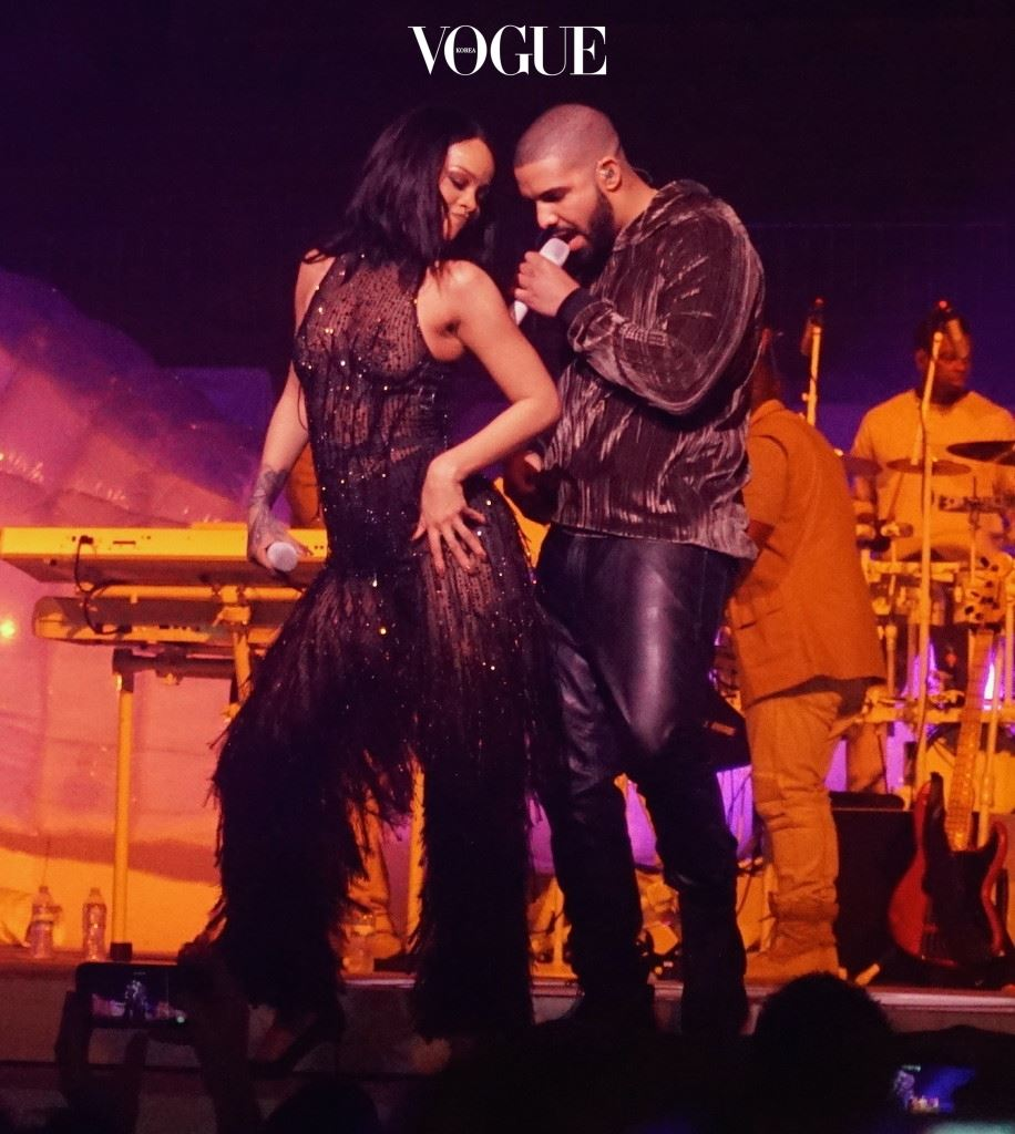 """Rihanna and Drake were spotted on stage of Rihanna's Anti World tour on Tuesday night in Miami. He surprised her , and performed """"Work"""" , as well as one of his own hits, Jumpman. The former flames got extremely close as she danced on him and they hugged each other tenderly during the performance. After singing, Drake joined the audience to watch the rest of the show. Pictured: Rihanna, Drake Ref: SPL1245675  150316   Picture by: 247PAPS.TV / Splash News Splash News and Pictures Los Angeles:310-821-2666 New York: 212-619-2666 London:870-934-2666 photodesk@splashnews.com"""