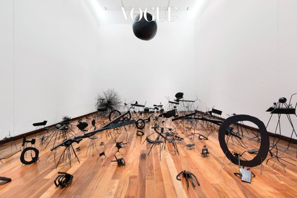 Insects-Untitled(413 Sculptures), 2007