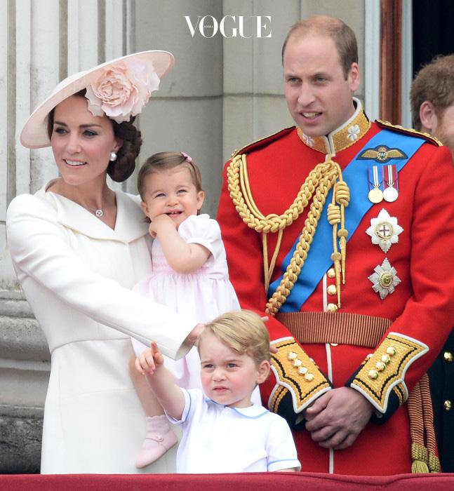 케이트는 더 많은 아이를 원한다고 밝힌만큼, 이 가족이 얼마나 더 많은 숫자로 늘어날지는 모를 일!