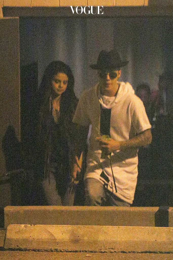 """UK CLIENTS MUST CREDIT: AKM-GSI ONLY EXCLUSIVE: After Selena Gomez and Justin Bieber were seen out enjoying a dinner and a movie night, the on-and-off couple stopped by a studio in L.A on June 21, 2014.  Perhaps the pair got in a creative mood and decided to make some music together?  Justin and Selena left the studio late at night.  Selena also took to Instagram posting a photo of her notepad, glasses and microphone on the floor with the caption, """"Fell asleep with lyrics, waking up with lyrics.."""" Pictured: Selena Gomez and Justin Bieber Ref: SPL787940  230614   EXCLUSIVE Picture by: AKM-GSI / Splash News Splash News and Pictures Los Angeles: 310-821-2666 New York: 212-619-2666 London: 870-934-2666 photodesk@splashnews.com"""