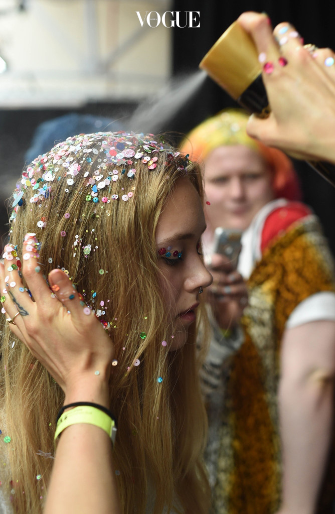LONDON, ENGLAND - SEPTEMBER 22:  Models prepare backstage ahead of the Ashish show during London Fashion Week Spring/Summer 2016 on September 22, 2015 in London, England.  (Photo by Stuart C. Wilson/Getty Images)