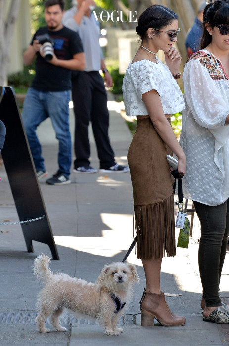 NO JUST JARED USAGE Vanessa Hudgens goes to Alfred Coffee in West Hollywood Pictured: Vanessa Hudgens Ref: SPL1255479  010416   Picture by: Splash News Splash News and Pictures Los Angeles:310-821-2666 New York:212-619-2666 London:870-934-2666 photodesk@splashnews.com
