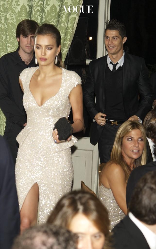 MADRID, SPAIN - NOVEMBER 17:  Model Irina Shayk and Real Madrid player Cristiano Ronaldo attend Marie Claire Prix de la Moda awards 2011 at French Embassy on November 17, 2011 in Madrid, Spain.  (Photo by Carlos Alvarez/Getty Images)
