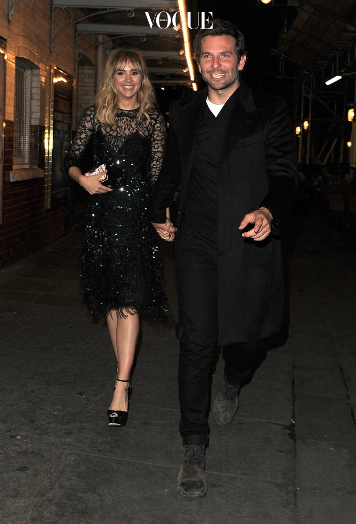 Suki Waterhouse and Bradley Cooper dine with Anna Wintour at J Sheekey Restaurant in London. Pictured: Suki Waterhouse and Bradley Cooper Ref: SPL844012  160914   Picture by: Gotcha Images / Splash News Splash News and Pictures Los Angeles:310-821-2666 New York: 212-619-2666 London:870-934-2666 photodesk@splashnews.com