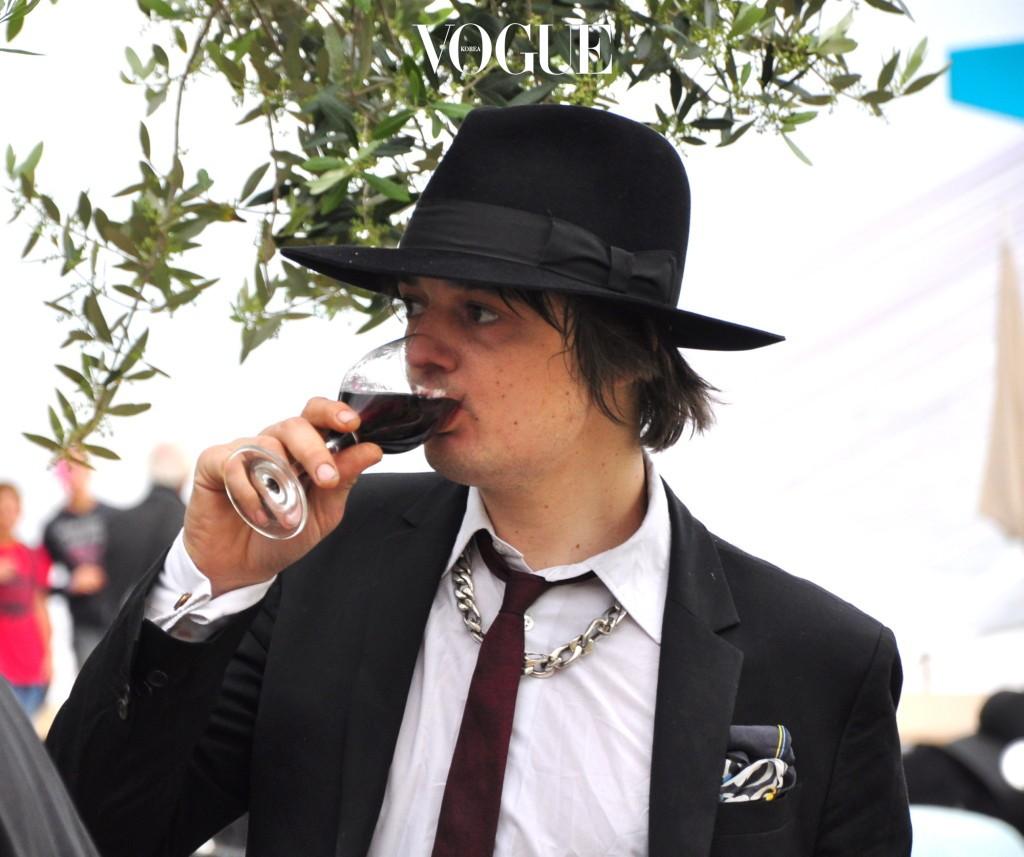 술만 마시면 전혀 딴 사람으로 돌변하는 남자, 특히 폭력적인 성향이