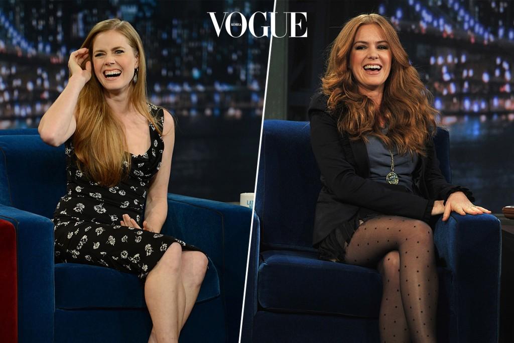 토크쇼에 나가 함박웃음을 짓는 모습도 너무 닮았죠?