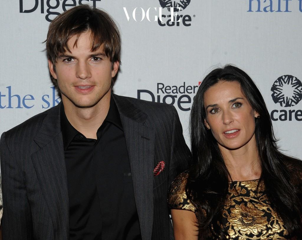 NEW YORK - SEPTEMBER 23: Actors Ashton Kutcher and Demi Moore attend the ''Half The Sky'' book party sponsored by Reader's Digest and C.A.R.E. at Moura Starr New York on September 23, 2009 in New York City. (Photo by Jamie McCarthy/Getty Images for Reader's Digest)