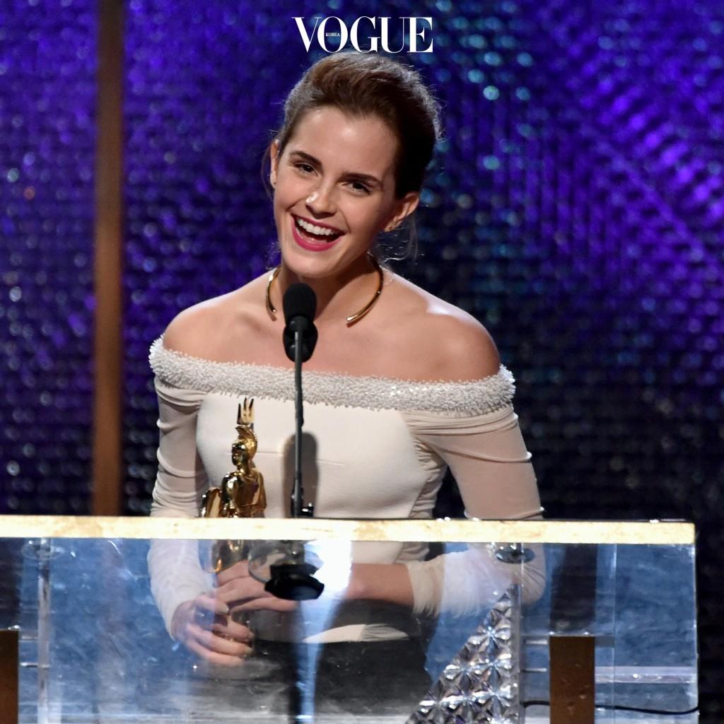 엠마 왓슨 Emma Watson 오프숄더