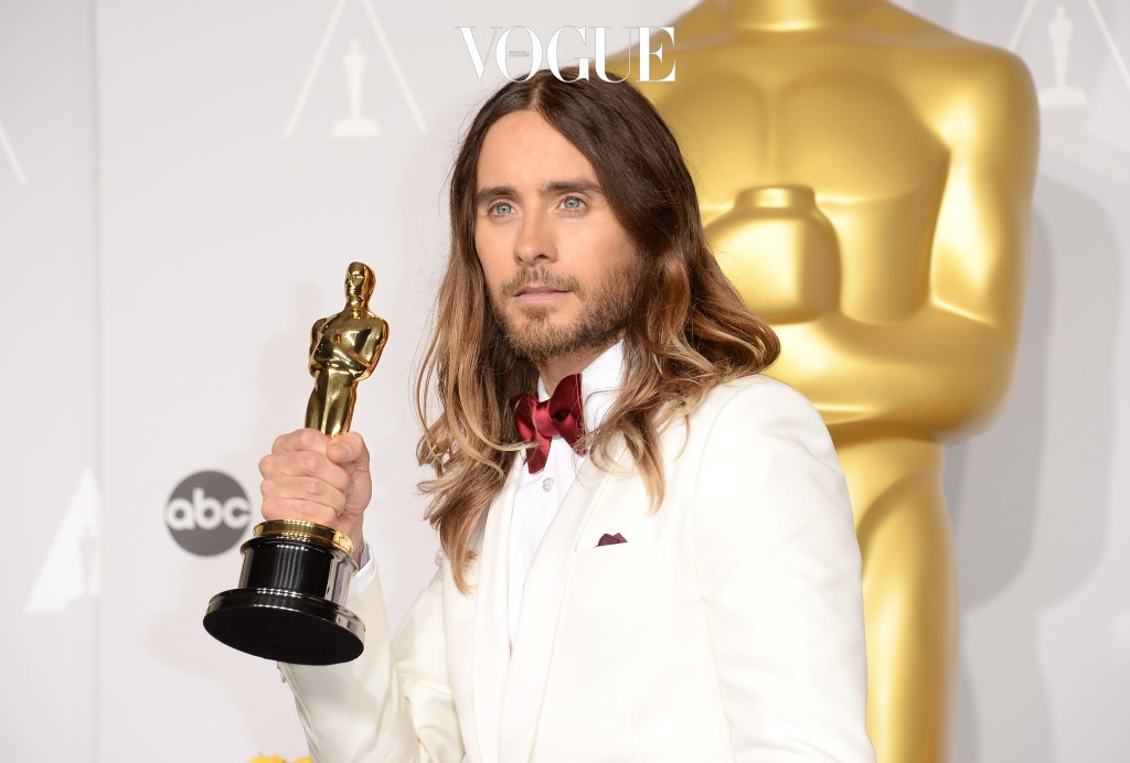 HOLLYWOOD, CA - MARCH 02:  Jared Leto, winner of Best Performance by an Actor in a Supporting Role poses in the press room during the Oscars at Loews Hollywood Hotel on March 2, 2014 in Hollywood, California.  (Photo by Jason Merritt/Getty Images)
