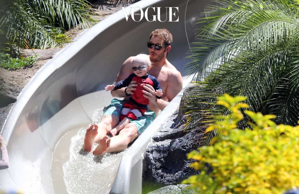 EXCLUSIVE: Chris Pratt and Anna Faris relax while on a family vacation in Hawaii. Pictured: Chris Pratt and Jack Pratt Ref: SPL762331  190514   EXCLUSIVE Picture by: DaGreenTeam/Splash News Splash News and Pictures Los Angeles:310-821-2666 New York:212-619-2666 London:870-934-2666 photodesk@splashnews.com