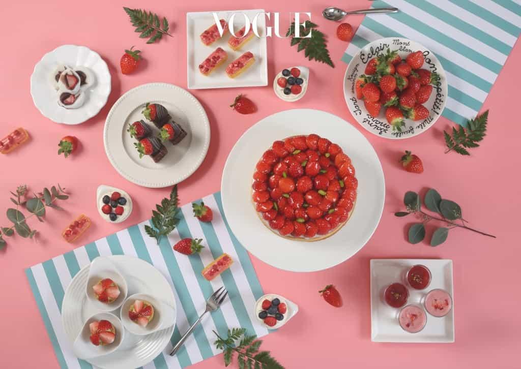 이병우 총주방장이 매일 까다롭게 엄선한 딸기로 딸기 케이크, 피낭시에, 까나페, 마카롱, 에클레어, 다쿠아즈, 파블로바 등 30여 종의 딸기 메뉴를 선보인다. 새우칠리, 탕수육, 볶음밥 등 따뜻한 음식도 있어 '단짠단짠'의 묘미를 맛볼 수 있다. 셰프가 즉석으로 조리하는 세션에는 딸기 솜사탕, 딸기 초콜릿 퐁당이 있어 소소한 재미를 선사한다. 4명 이상 이용할 경우 스파클링 와인 '라 샤블리지엔, 바이 라피에르 크레망 드 부르고뉴 피노누아' 1병을 무료로 제공한다. 4월 30일까지. 5만 1천원.