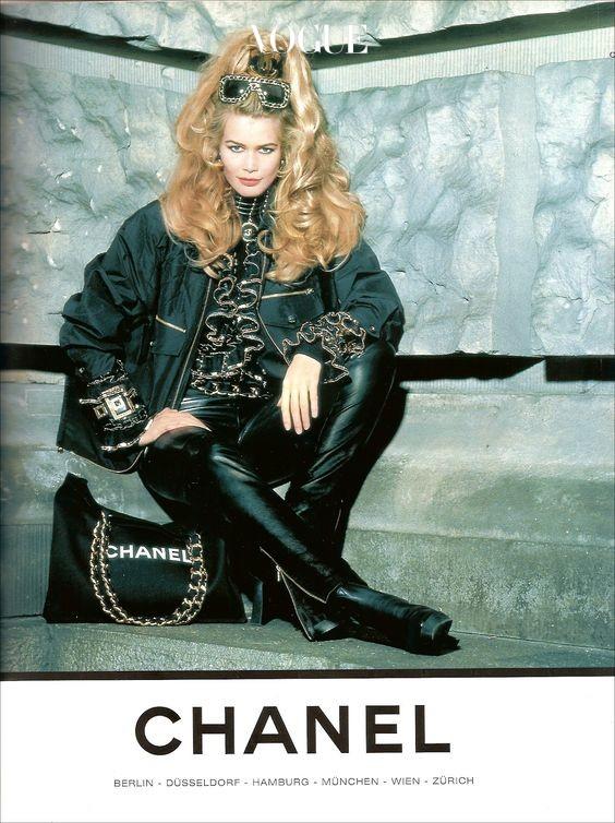Claudia-Schiffer-for-Chanel-1992