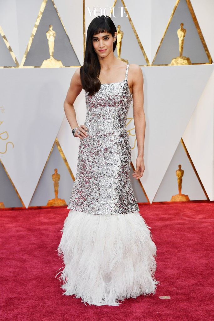 HOLLYWOOD, CA - FEBRUARY 26:  Actor Sofia Boutella attends the 89th Annual Academy Awards at Hollywood & Highland Center on February 26, 2017 in Hollywood, California.  (Photo by Frazer Harrison/Getty Images)