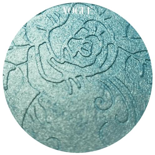 비터 레이스 뷰티 '(Bitter Lace Beauty)', 가격 18달러.