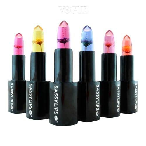 새씨 립스 '메이크 더 모먼트', 가격 25달러. 보석같이 예쁜 투명한 젤리 립스틱! 입술 위에 바르면 바른 듯 안 바른 '청순가련'형 분홍립이 완성된답니다.