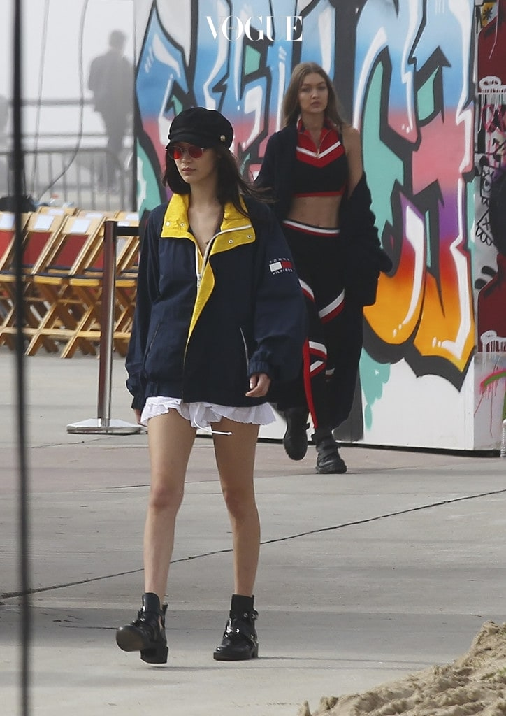 Bella Hadid arrives at Tommy Hilfiger fashion show's rehearsals in Venice Beach, California Pictured: Bella Hadid, Gigi Hadid Ref: SPL1438067  080217   Picture by: Splash News Splash News and Pictures Los Angeles:310-821-2666 New York:212-619-2666 London: 870-934-2666 photodesk@splashnews.com