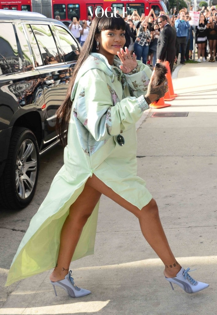 Rihanna arrives at her pop up store in Hollywood, Ca for her clothing line with Puma Fenty By Rihanna Pictured: Rihanna Ref: SPL1480793  180417   Picture by: London Entertainment /Splash Splash News and Pictures Los Angeles:310-821-2666 New York:212-619-2666 London:870-934-2666 photodesk@splashnews.com