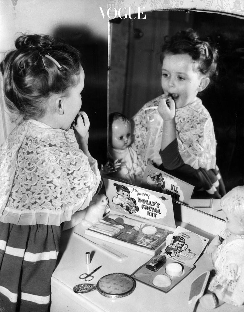 여자들에게 화장은 나이불문 떼려야 뗄 수 없는 그림자 같은 존재죠.