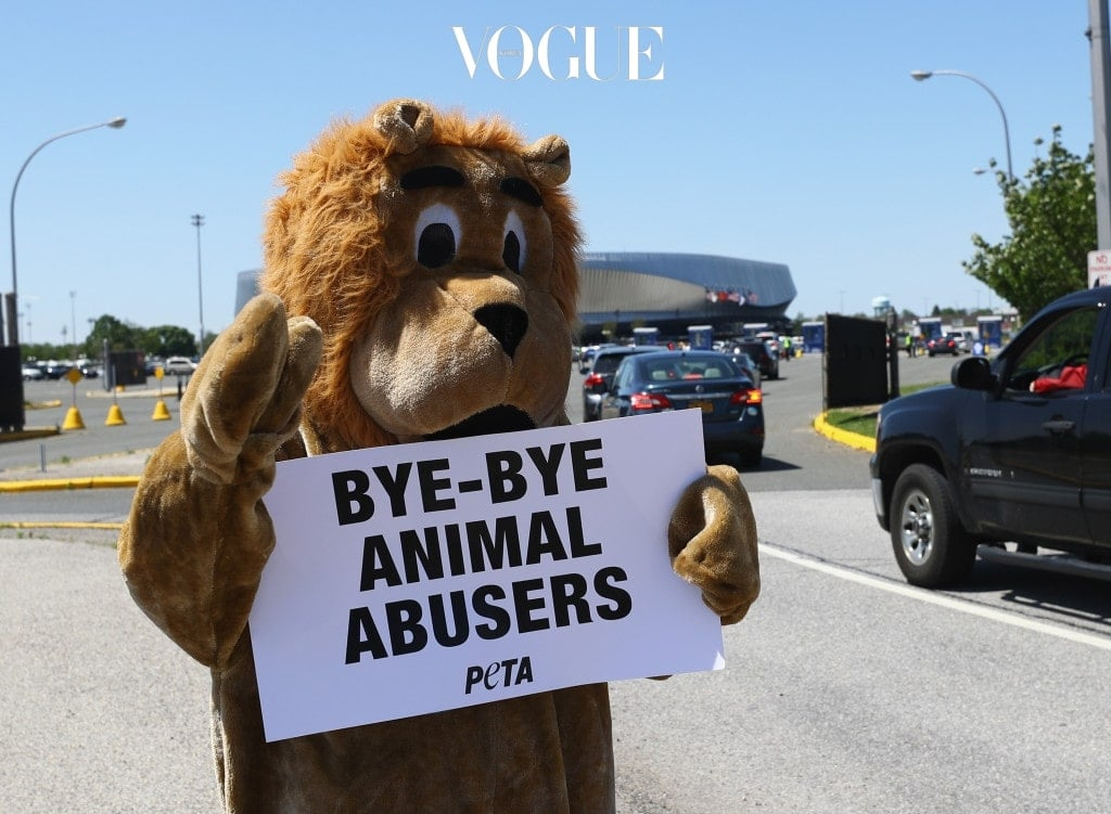 """UNIONDALE, NY - MAY 21:  Members of PETA - People for the Ethical Treatment of Animals picket on the final day of the Ringling Bros Barnum and Bailey Circus on May 21, 2017 in Uniondale, New York. Known as """"The Greatest Show on Earth"""", the circus performed its final act after a 146 year run.  (Photo by Bruce Bennett/Getty Images)"""