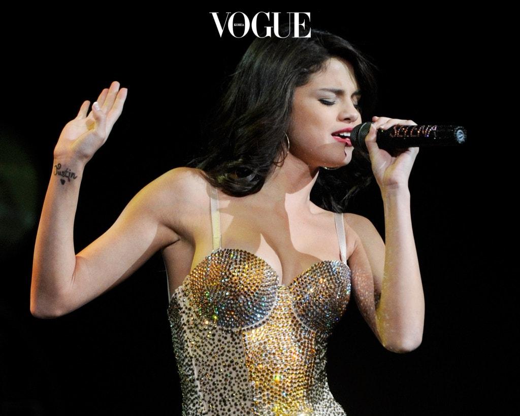 Selena Gomez Performs At Mandalay Bay In Las Vegas
