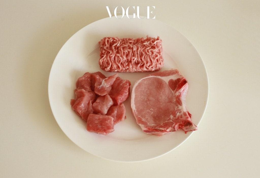 소스 없이 식사하는 게 정 힘들다면 소금>참기름>된장>쌈장 순으로 선택하세요. 회식 장소로 자주 선택되는 고깃집에서도 양념에 절인 고기는 절대 금물!