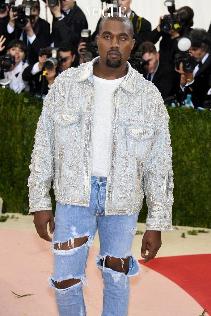 이렇게 남녀노소 가리지 않고 열렬한 환영을 받는 아이템, 칸예 웨스트 Kanye West